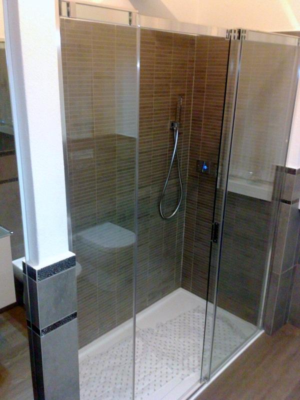 Sostituzione vasca con doccia Monza e brianza  AQUA SEREGNO Sostituzione vasca con doccia ...