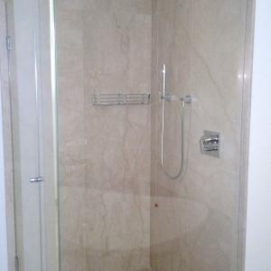 Box doccia monza e brianzabox doccia su misura monza e for Arredo bagno seregno